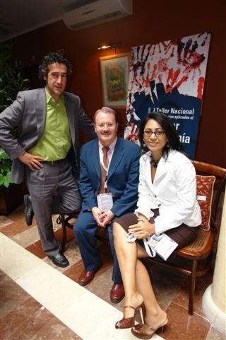 Jose Luis Carús y Mayra, Presidenta Asociacion Artesanos El Salvador