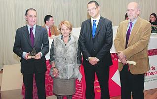 D. Roberto Paraja, Dña. Paz Felgueroso, D. Fernando Castaño y D. Pablo Priesca
